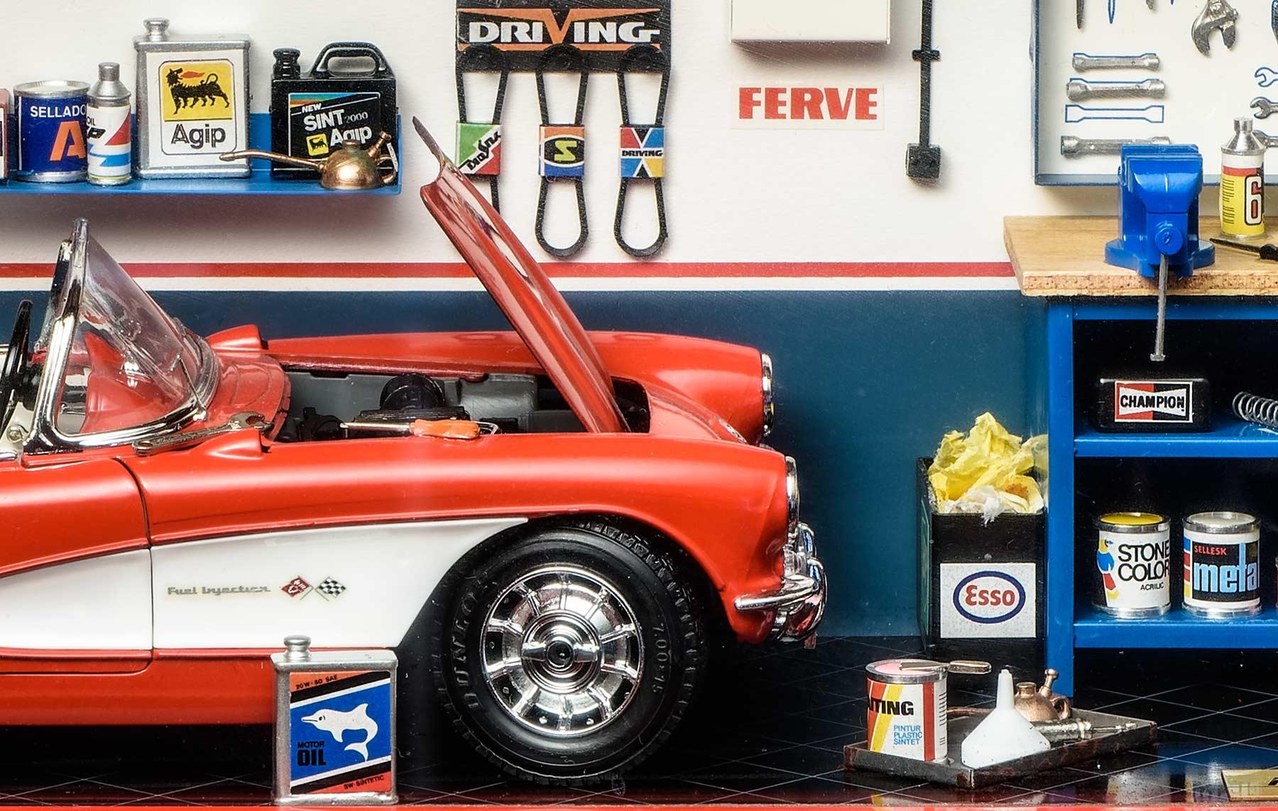 Bburago 3014/GF Alfa Romeo 8C Grand Prix Monaco (1931) MMonza Diorama Garage.