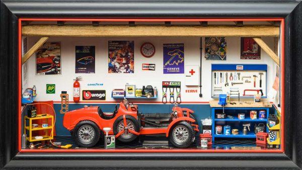 Bburago 3014GF Garage MMonza Diorama Alfa Romeo 8C 2300 front view