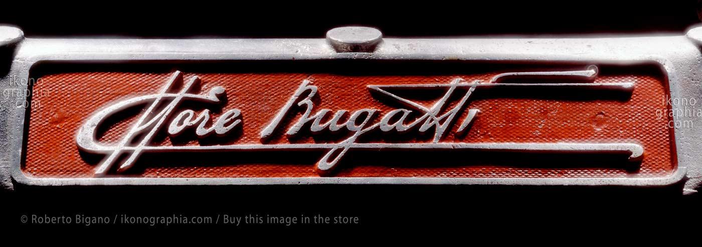 Ettore Bugatti's signature. Photo by Roberto Bigano. Buy this image in the ikonographia.com store.