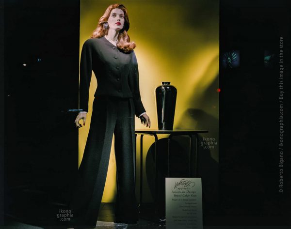 August 1988. A Calvin Klein Window at Lord & Taylor. New York City. Photo Roberto Bigano.